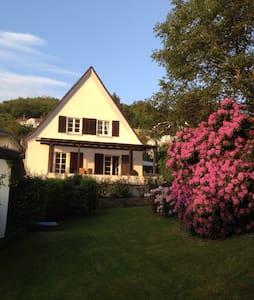 Villa Maximilian, ruhig, Garten - Casa