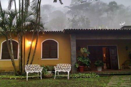 Casa na região serrana do RJ . - Miguel Pereira - Cottage