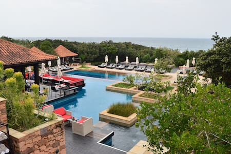 Exclusive Zimbali Suite on Dolphin Coast - Flat
