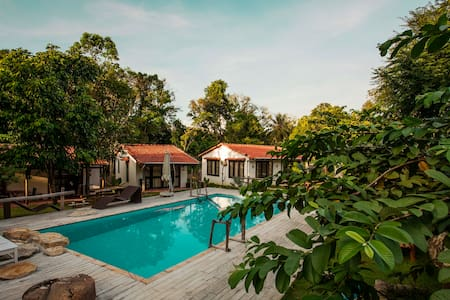 ChezQue Forest bungalows pool view - Phu Quoc Island - House