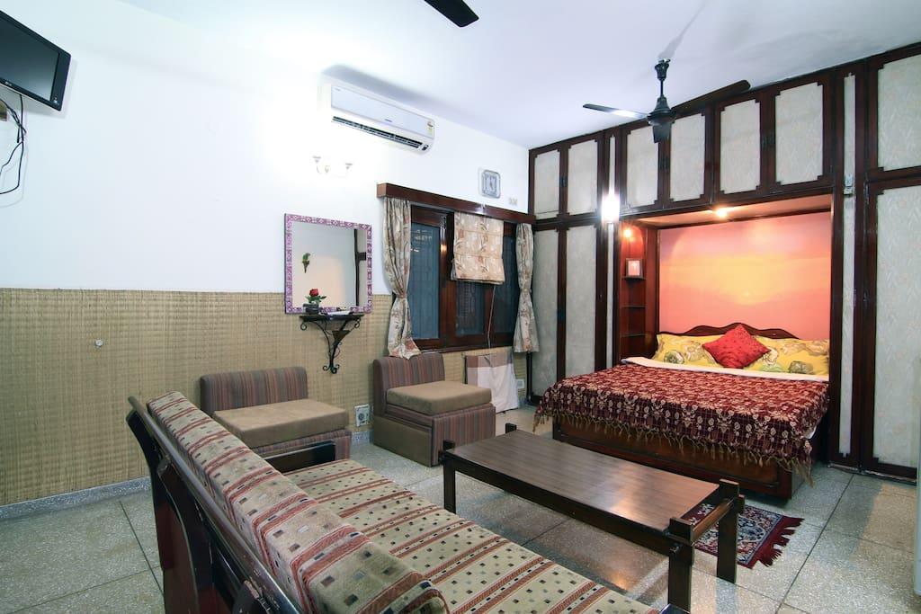 Bed & Breakfast New Delhi homestay