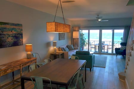 Luxurious Oceanfront 3BR Townhome - Townhouse