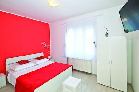 Trogir Room in Villa Isabella 1 - House