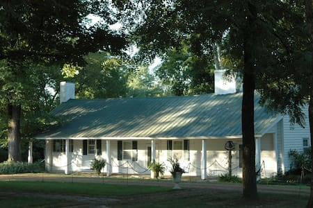 Historic Cabin min. from Nashville - Hendersonville