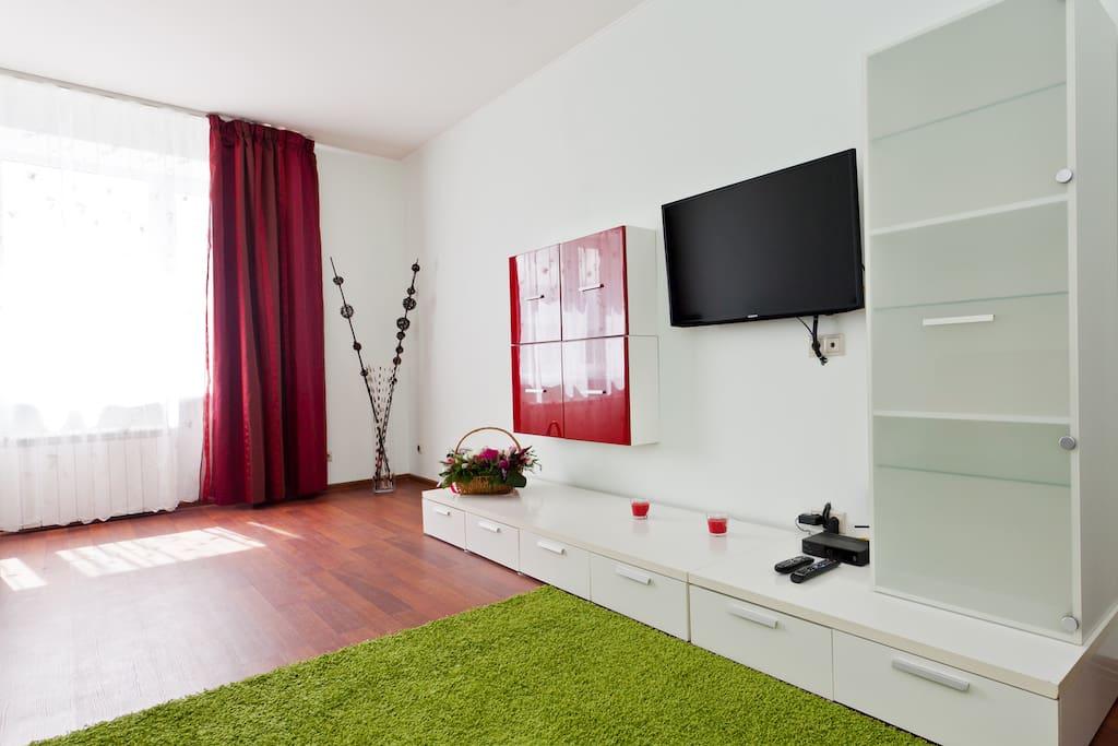 Living room. (Гостиная)