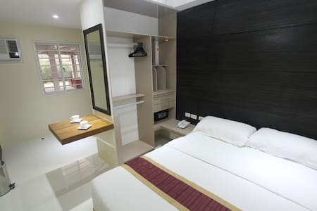 FULLY FURNISHED ROOM FOR RENT  - Wohnung