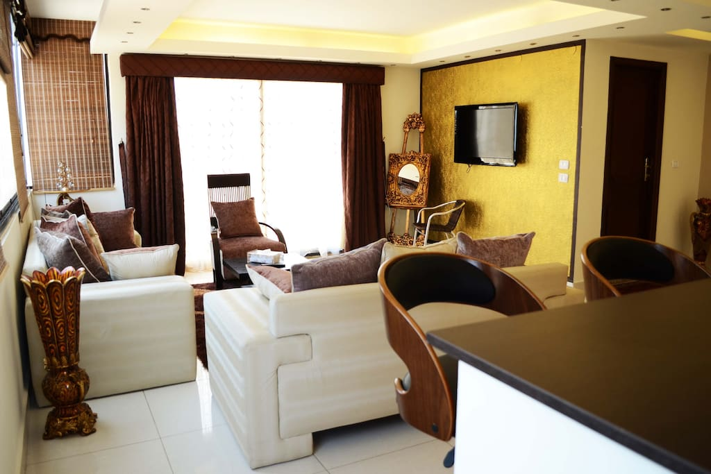 Royal Suite for 4 in Hamra,Beirut