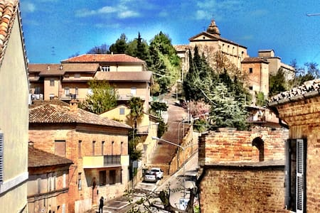 Montottone – Italien på riktigt - Montottone