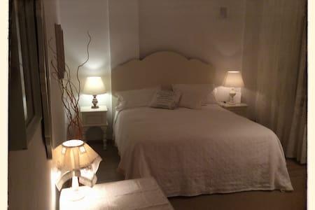Appartamento in piazza Fontanesi  - Reggio Emilia - Huoneisto