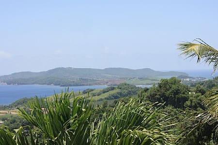 Belle villa F4 magnifique vue mer - Sainte Marie