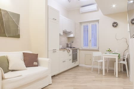 Quintili's Home Guest House in Rome