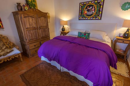 Casa Xola is an exquisite, restored colonial home in the heart of Morelia. Only blocks away from the magnificent Cathedral and other historical sites, its comfortable rooms, patio, and rooftop terrace garden offer an oasis in the historical center.
