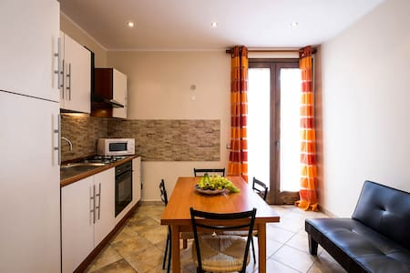 modern apartment 2 beds casteldaccia - Appartement