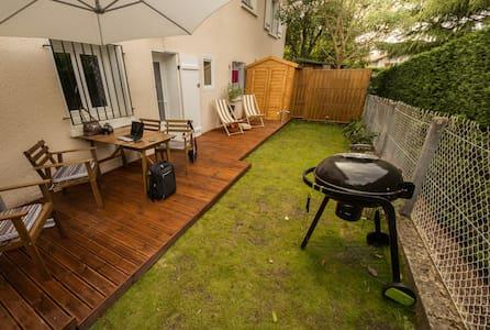 F2 garden, proche Anglet Biarritz - Flat