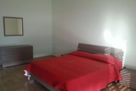 Appartamento a 500 m dal mare bello - Apartment