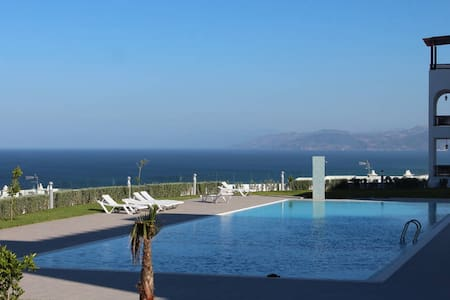 Beautiful apartment with beach view in Cabo Negro - Cabo Negro - Apartment