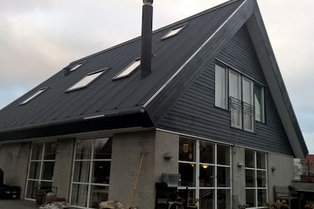 Villa 300 meters from the Sea - Snekkersten