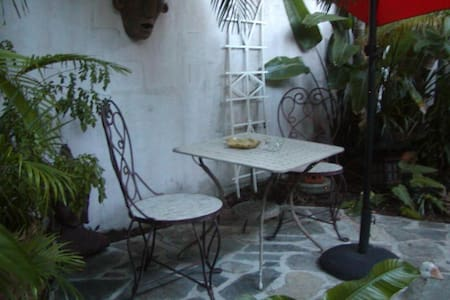 Secret Garden Room - Islamorada - Bed & Breakfast