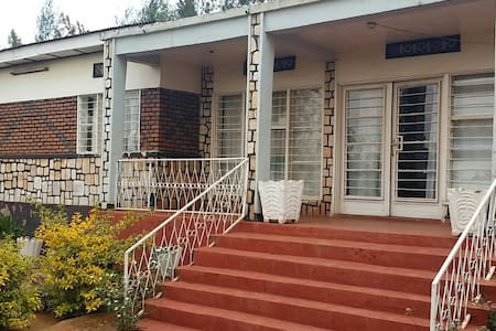 Kigali guest house - Haus
