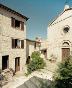 Apartment with terrace in Casteldilago - Flat