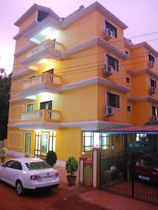 Super Luxurious rooms near Candolim Beach - Guesthouse