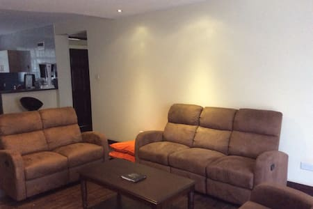 Cozy self-contained room@Kileleshwa - Appartement