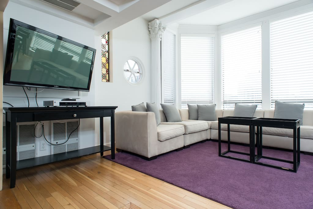 [1300] 3 Bedroom-Back Bay-Penthouse