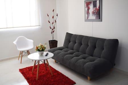 Encantador y confortable full apartamento para 5 - Társasház