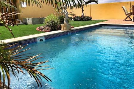 VillaSol w/pool close to the beach! - Διαμέρισμα