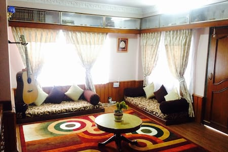 Comfortable clean and cozy room in Kathmandu - Apartment