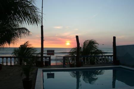 Nicaragua Trip for 2! - Miramar - Szoba reggelivel