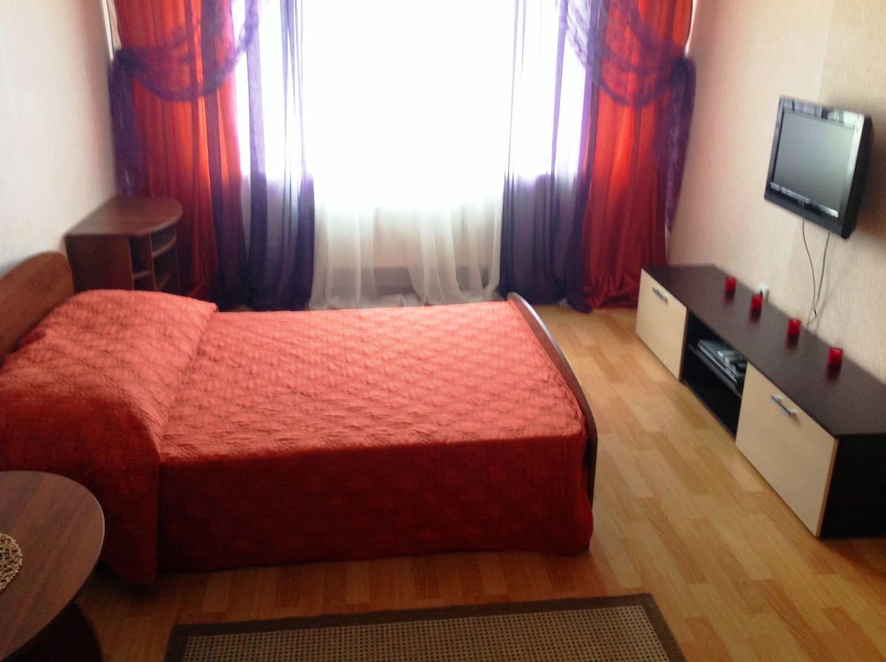 Квартира посуточно в Краснодаре Черкасская 58 р-н Краевой больницы +(PHONE NUMBER HIDDEN) (URL HIDDEN)