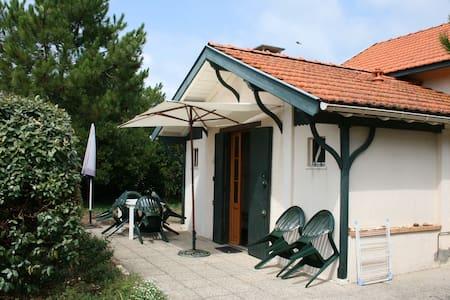 Villa rénovée - 6p - plage à 300 m - Villa