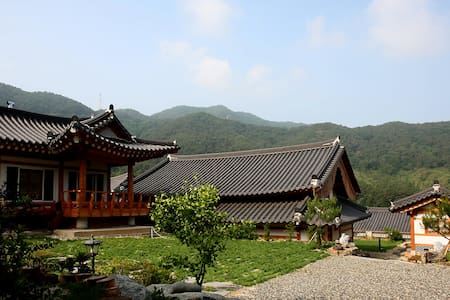 Traditional Korean House(Pavilion) - Villa
