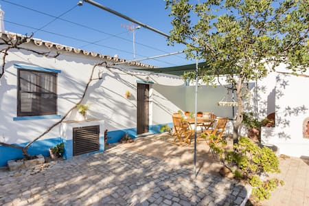 CHARMING COTTAGE NEAR TAVIRA - Huvila