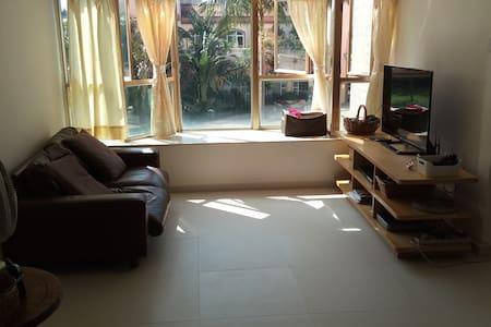 Newly 100% renovated entire home/apt in Tuen Mun - Tuen Mun - Flat