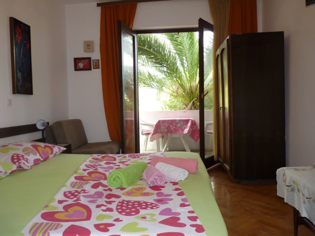 2 bedrooms-near sea, sea view (4+2)