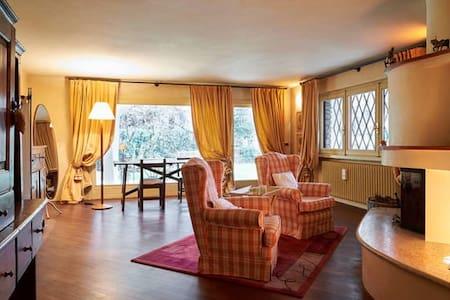 Suite Finardi,  romantic fireplace - Bergamo - Bed & Breakfast