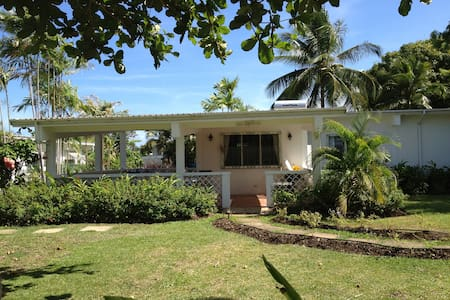 3 bed 2 bath villa & pool, nr beach - Holetown
