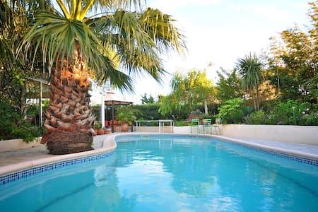 Villa avec grande piscine, 6 pers. - Cabestany