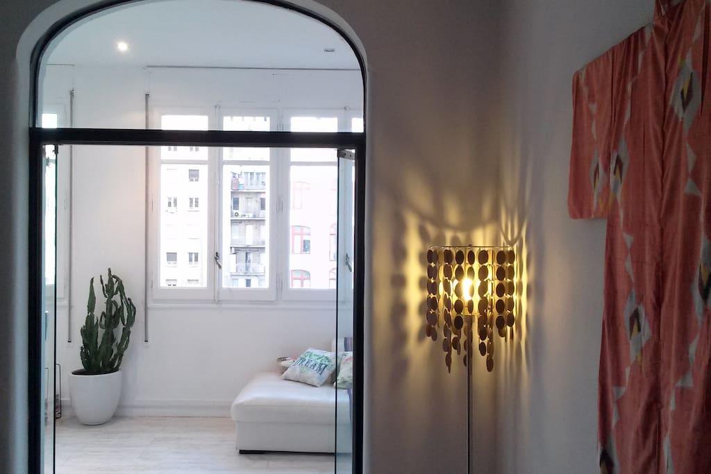 Elegant Frames Room Plaza Catalunya