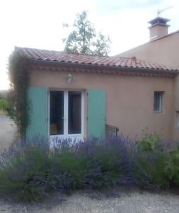 Chalet im den sonnigen Weinbergen - Rosières - Wohnung