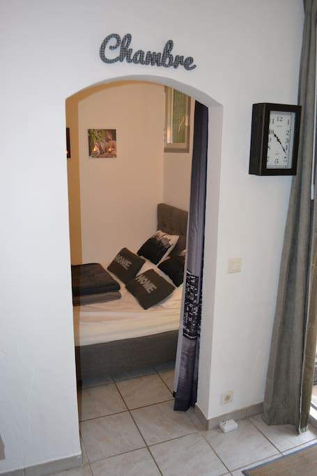 Beau 2 pi ces avec jardin et bbq apartments for rent in for Beau jardin apartments reviews