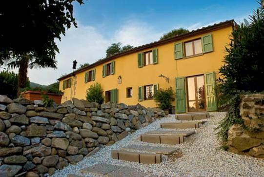 Villa a Montecatini Terme, in riva al mare