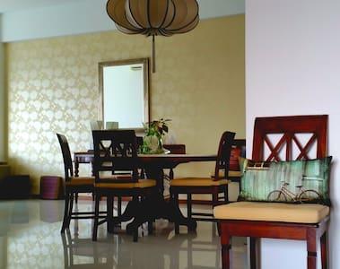 Luxury Top Flr Apt in KL Sentral - Kuala Lumpur - Wohnung