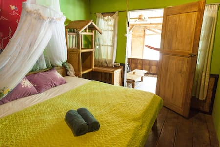Orangutan and jungleview room - Bukit Lawang - Bed & Breakfast