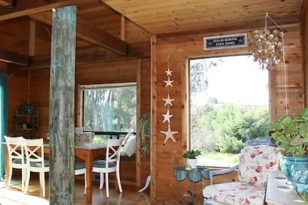 Lovely Views & Short Walk to Beach - Santa Cruz - House