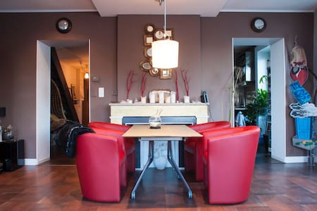 Chambre + SdeBain privée dans Loft
