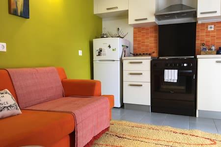 Cozy studio in a quite area in Ioannina - Ioannina - Appartement