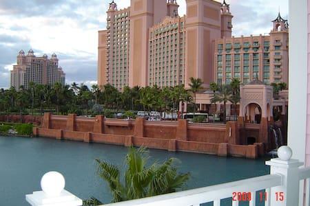 Atlantis Paradise Island Bahamas - Villa